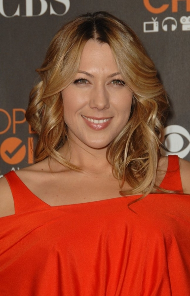 Colbie Caillat at People's Choice Awards - Red Carpet Arrivals
