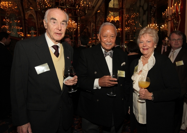Donald Briggs, Mayor David Dinkins, and June Briggs