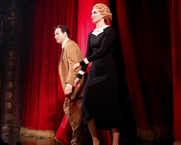 Sean Mahon, Jill Paice at THE 39 STEPS Ends Broadway Run; Currently on Tour