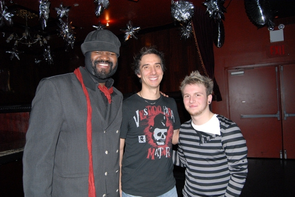 Gregory Porter, Roger Cohen (Drums) and Gerard Canonico