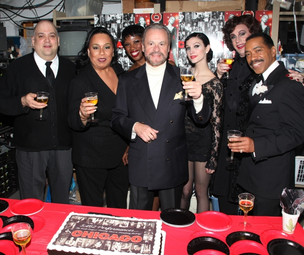 CHICAGO Becomes the 6th Longest Running Show in Broadway History