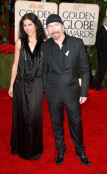 Bono, dressed up like a car crash? - Pagina 22 Tn-500_09ggawardsr003202