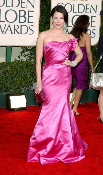 Lauren Graham  at Golden Globe Awards Arrivals Part 1