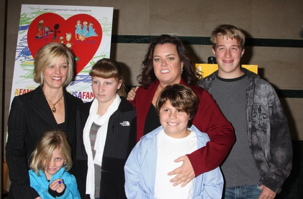 Kelli O'Donnell , Rosie O'Donnell, and their children, Vivienne, Chelsea, Blake, and Parker