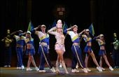 """Becky Gulsvig and the cast of """"Legally Blonde"""""""
