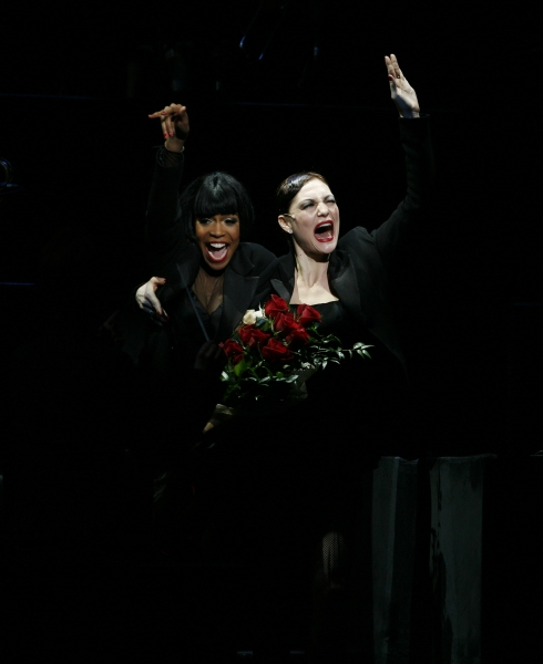 Photo Coverage: Michelle Williams Bows in CHICAGO