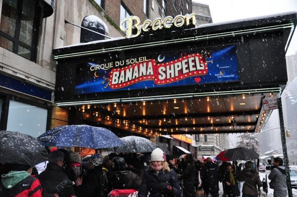 Photos: Beacon Theatre Welcomes Cirque Du Soleil's BANANA SHPEEL