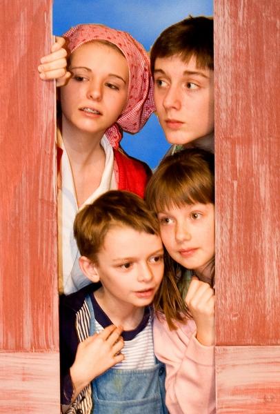Darby Elliott, Sam Bates-Norum, Emily Frett and Jones Pfeifer
