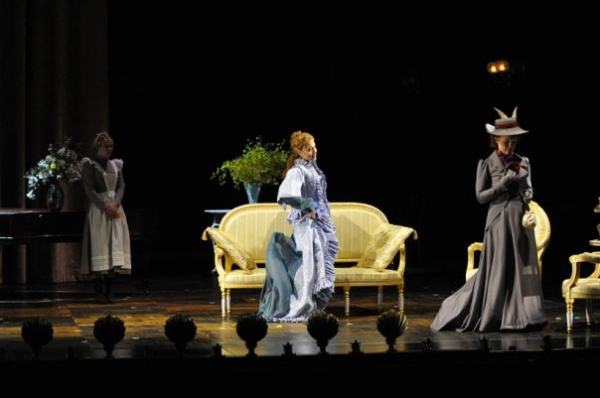 Photo Flash: Scacchi and Caron Star in Paris' Theatre du Chatele's A LITTLE NIGHT MUSIC