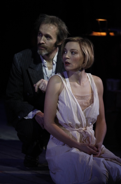 Juliet Rylance and Stephen Dillane