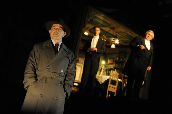 Nicholas Woodeson (Inspector) in An Inspector Calls at the Novello Theatre 2009. Photo by Robert Day