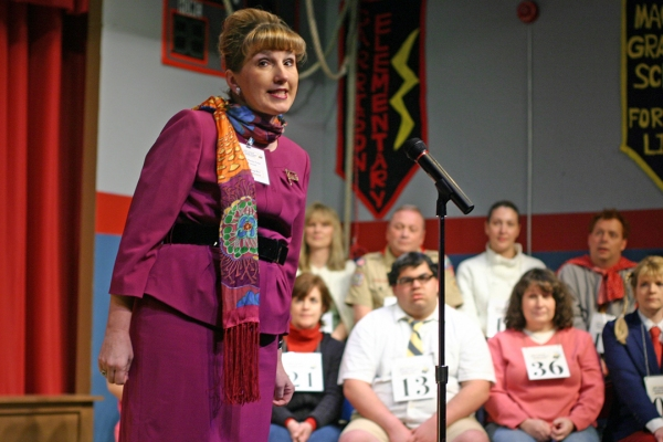 Priscilla Squiers as Rona Lisa Peretti (foreground)