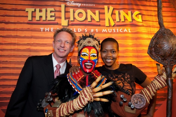 VP of Marketing at Mandalay Bay Lynn Holt, Rafiki Wax Figure and Buyi Zama