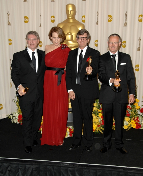 Sigourney Weaver with Rick Carter, Robert Stromberg, Kim Sinclair at Inside the Oscar Press Room!