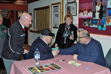 Richard Van Alstyne, Albert Van Alstyne and Marianne Cuomo meet with Ronan Tynan after the show