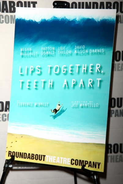 Photo Coverage: MEET & GREET: LIPS TOGETHER, TEETH APART