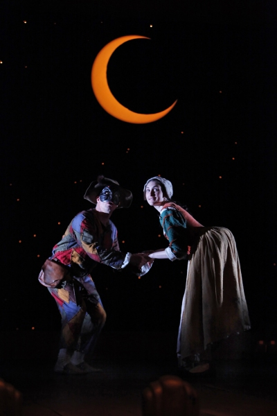 Photo Flash: Yale Rep Presents THE SERVANT OF TWO MASTERS Through 4/3