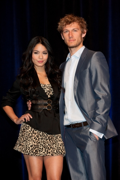 Photo Flash: ShoWest Special - Neil Patrick Harris & More