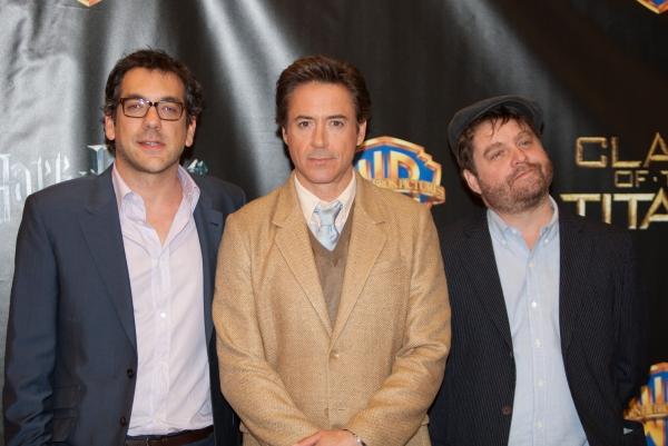 Todd Phillips, Robert Downey Jr. and Zach Galifianakis Photo