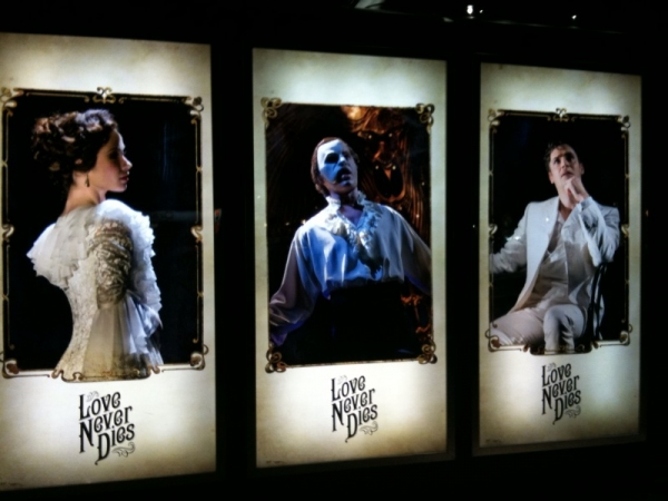 Photo Flash: New 'Front of House' Artwork for LOVE NEVER DIES in London