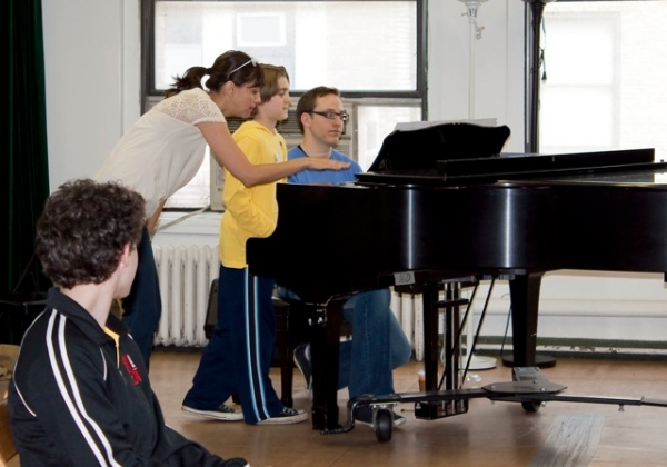 Artistic Director Jessica Rofe helps a student with musical theatre audition techniqu Photo