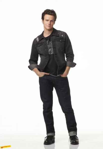 Photo Flash: New GLEE Photos Released with Menzel, Groff & More!