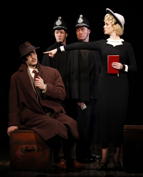 Photo Flash: THE 39 STEPS at New World Stages / Stage 1
