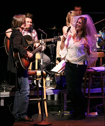 Jackson Browne and Rita Wilson