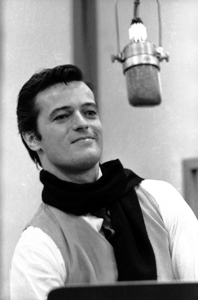 Robert Goulet - Photo: Don Hunstein / Sony Music Archives Photo