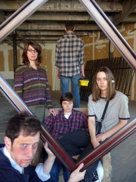 Brendan Ragan, (background L-R) Courtney Weber, Genevieve de Mahy, Elliott Rauh, Giti Jabaily