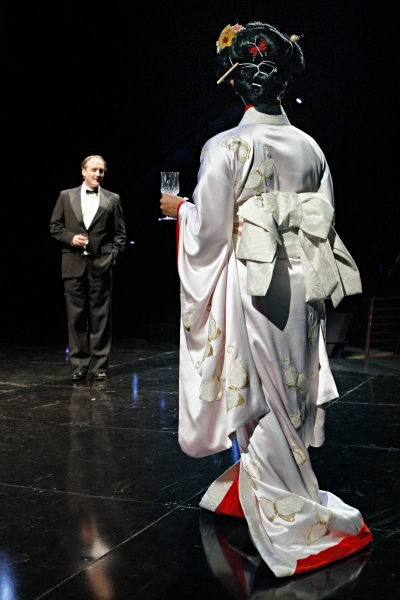 Photo Flash: Guthrie Presents M. BUTTERFLY