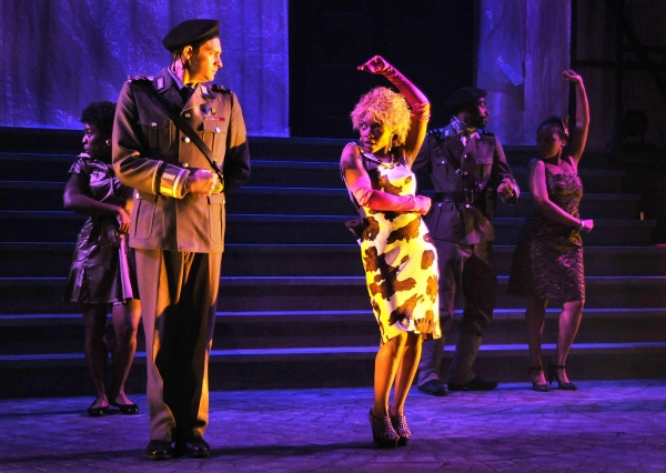 Photo Flash: Sax, Munoz, Hanlon & More In VENICE At KC Rep