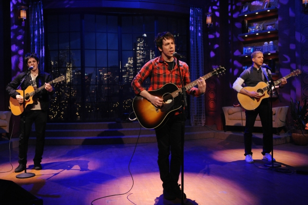 Photo Flash: AMERICAN IDIOT Performs On 'Live With Regis & Kelly'