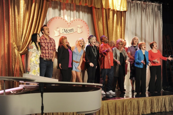 Kyoko Brugura as Miho, Cheyenne Jackson as Danny, Jan Hooks as Verna, Jenna Krakowski as Jenna, Elaine Stritch as Colleen, Tracy Morgan as Tracy Jodran, Novella Nelson, John Lutz as Lutz's Mom, Anita Gillette as Margaret Lemon, Patti Lupone as Sylvia Ross