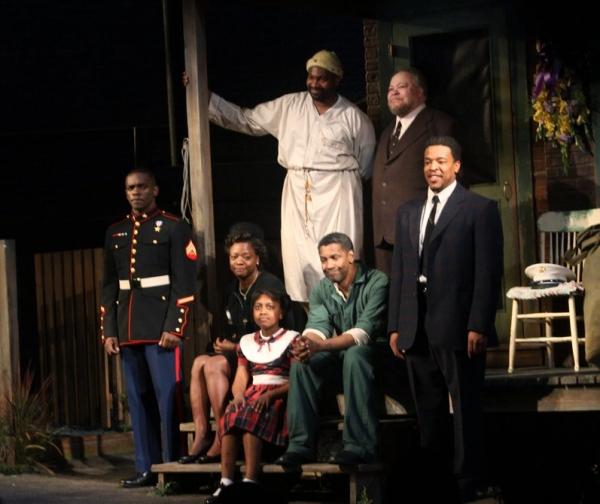 Chris Chalk, Viola Davis, SaCha Stewart-Coleman, Mykelti Williamson, Stephen McKinley Photo