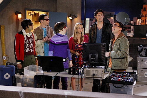 Photo Flash: THE BIG BANG THEORY 'The Lunar Excitation' 5/24