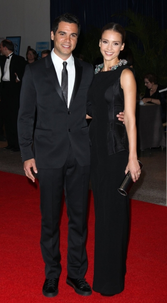 Cash Warren & Jessica Alba at 2010 White House Correspondent's Dinner A-I