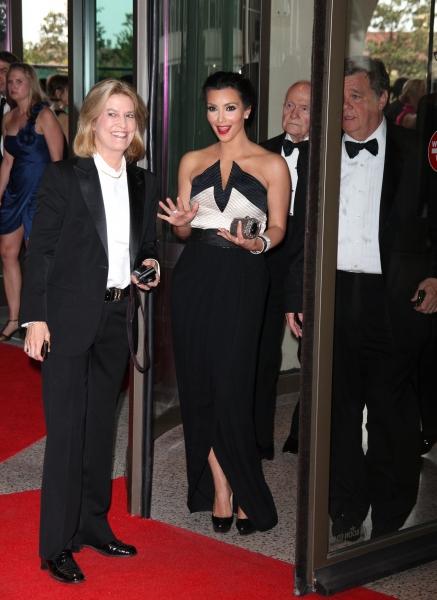Greta Van Susteren, Kim Kardashian & John P. Coale at 2010 White House Correspondent's Dinner J-M