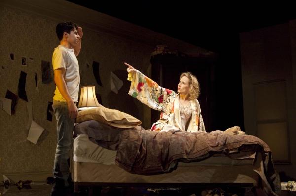 Photo Flash: THAT FACE At Manhattan Theatre Club