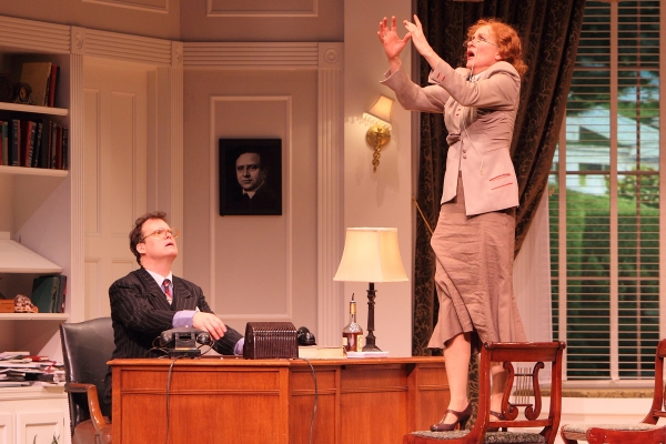 Photo Flash Moonlight And Magnolias At The Victoria Theatre