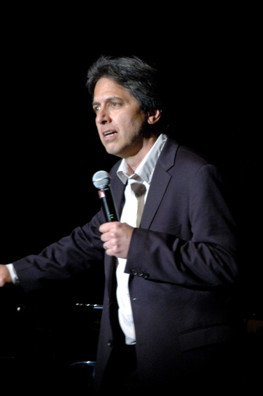 Ray Romano at A Ray of Hope Benefit