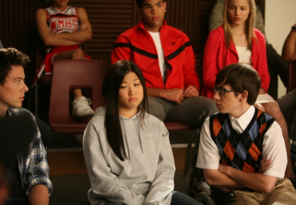 Tina (Jenna Ushkowitz, C) tries a new look. Also Pictured Cory Monteith, Dijon Talton (back row), Dianna Agron (back row) and Kevin McHale