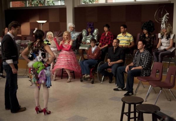Photo Flash: GLEE Goes 'Gaga' on May 25