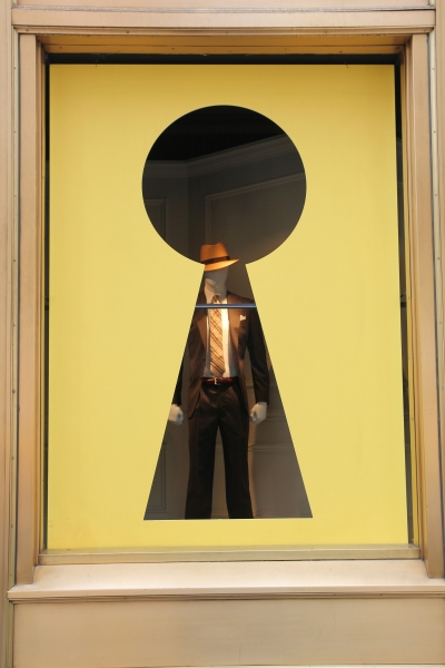 Photo Coverage: Lord & Taylor Unveils PROMISES, PROMISES Window Displays