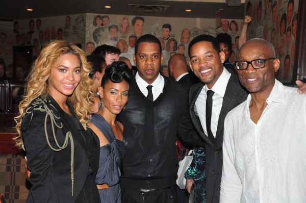 "Beyonce Knowles, Jada Pinkett-Smith, Shawn ""Jay-Z"" Carter, Will Smith, Bill T. Jones Photo"