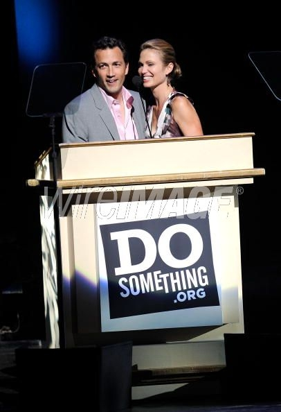 Andrew Shue and his wife, Amy Robach