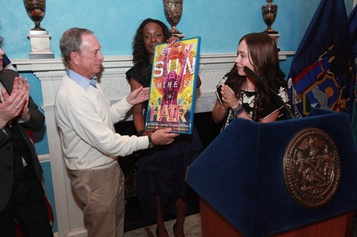 Photo Flash: Bloomberg Honors HAIR at Gracie Mansion