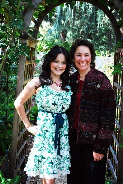 Romi Dames and Vox Femina's Artistic Director, Dr. Iris Levine Photo