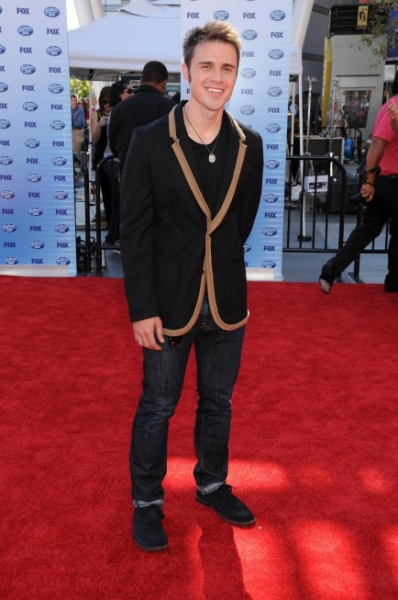 Season eight American Idol Kris Allen at 'American Idol' Finale Red Carpet!
