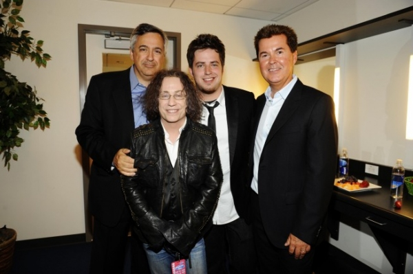 Tony Vinciquerra - Chairman and CEO Fox Networks Group, Mike Darnell - President Altrernative Programming Fox Broadcasting, American Idol season nine winner Lee Dewyze and Simon Fuller - creator and executive producer